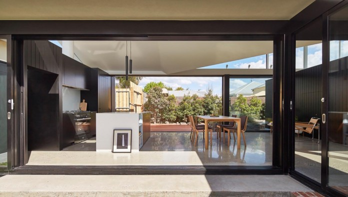 tunnel-house-a-renovation-of-a-double-fronted-cottage-in-melbourne-by-mo-do-02