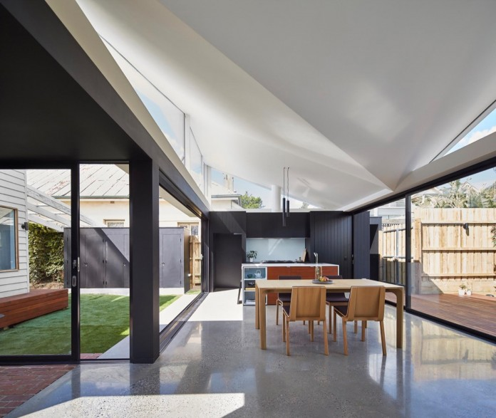 tunnel-house-a-renovation-of-a-double-fronted-cottage-in-melbourne-by-mo-do-04