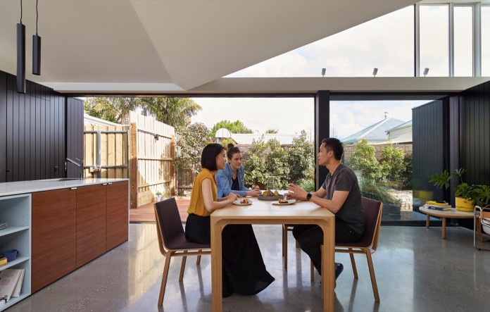 tunnel-house-a-renovation-of-a-double-fronted-cottage-in-melbourne-by-mo-do-12