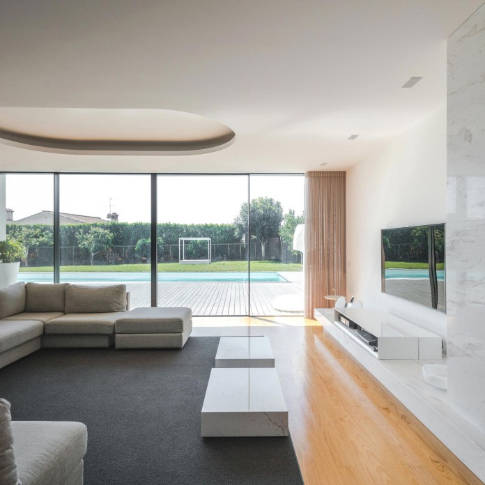 white-touguinho-ii-villa-in-in-vila-do-conde-by-raulino-silva-arquitecto-09