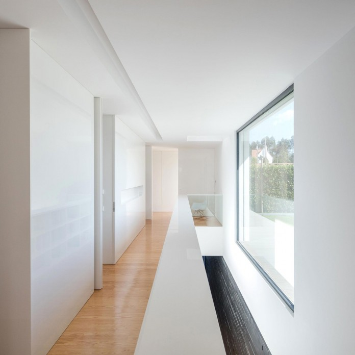 white-touguinho-ii-villa-in-in-vila-do-conde-by-raulino-silva-arquitecto-22