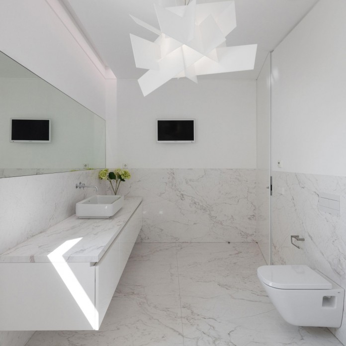 white-touguinho-ii-villa-in-in-vila-do-conde-by-raulino-silva-arquitecto-24