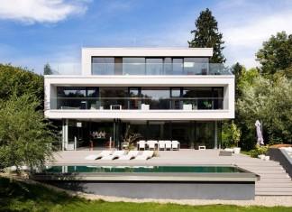 Wunschhaus Architektur designed a minimalist House in Hinterbrühl, Lower Austria