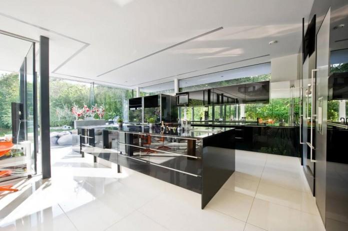 wunschhaus-architektur-designed-a-minimalist-house-in-hinterbruhl-lower-austria-05