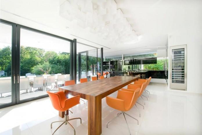 wunschhaus-architektur-designed-a-minimalist-house-in-hinterbruhl-lower-austria-07