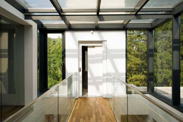 wunschhaus-architektur-designed-a-minimalist-house-in-hinterbruhl-lower-austria-08