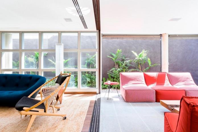 AA-House-by-Pascali-Semerdjian-Architects-05