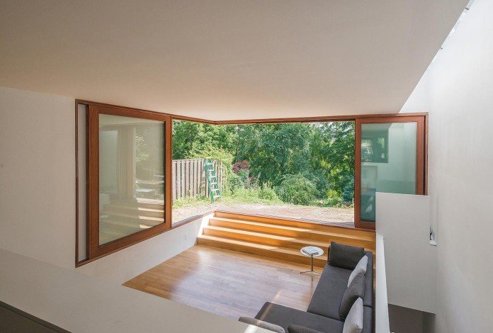 Bala-Line-House-by-Williamson-Chong-Architects-08