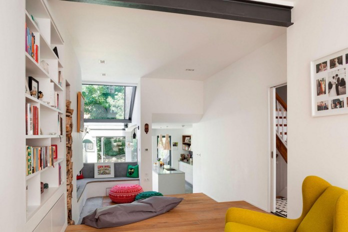 Bright-and-luminous-Cotesbach-Road-Residence-in-London-by-Scenario-Architecture-05