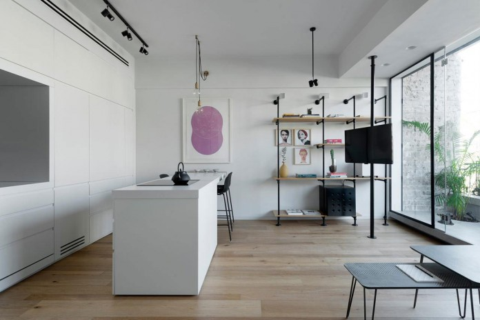 Clean-and-Minimal-Renovation-of-a-Small-Tel-Aviv-Apartment-05