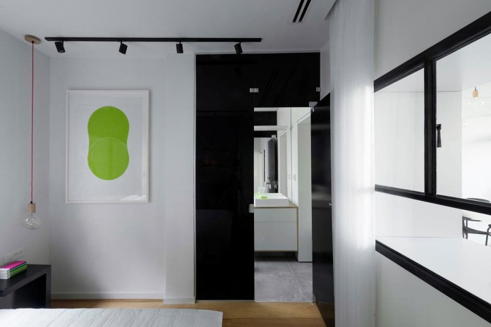 Clean-and-Minimal-Renovation-of-a-Small-Tel-Aviv-Apartment-11
