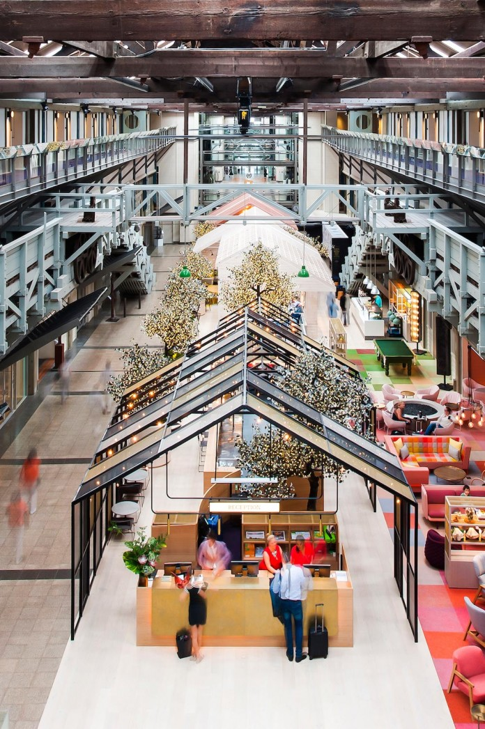 Cool-Unique-Ovolo-Woolloomooloo-Hotel-in-Sydney-by-HASSELL-01