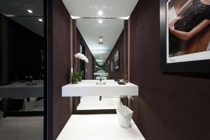 Emmet-Terrace-Modern-Home-by-Ori-Ayonmike-36