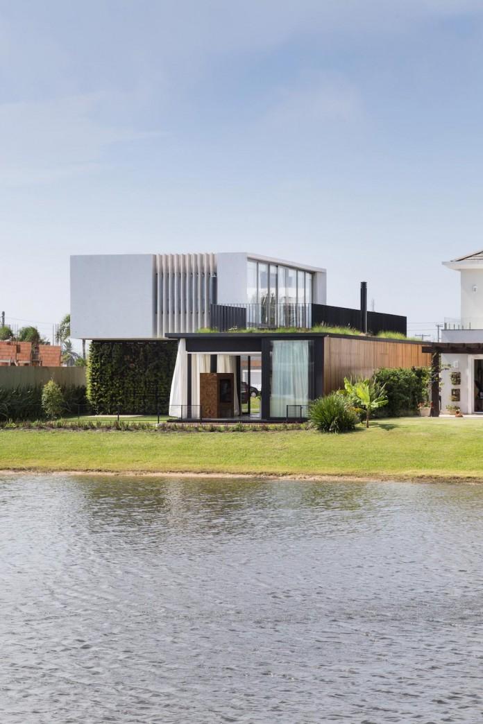 Enseada-House-by-Arquitetura-Nacional-03