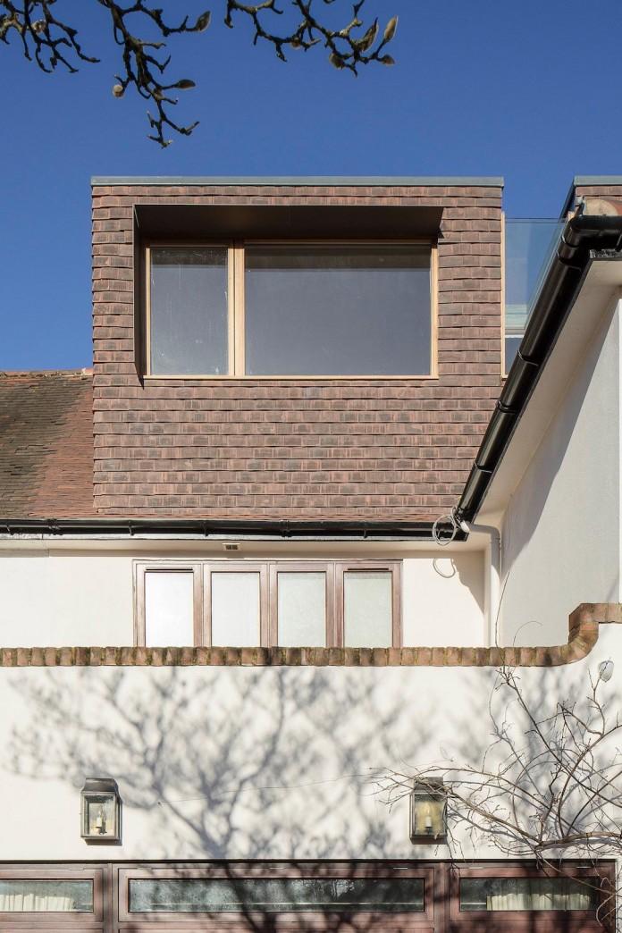 Finchley-Loft-near-London-by-Satish-Jassal-Architects-02