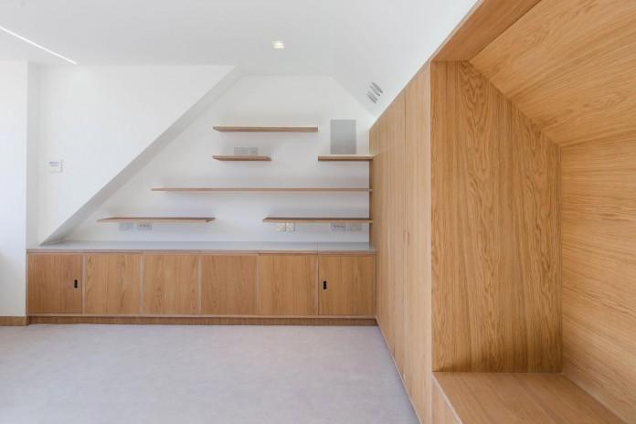 Finchley-Loft-near-London-by-Satish-Jassal-Architects-06