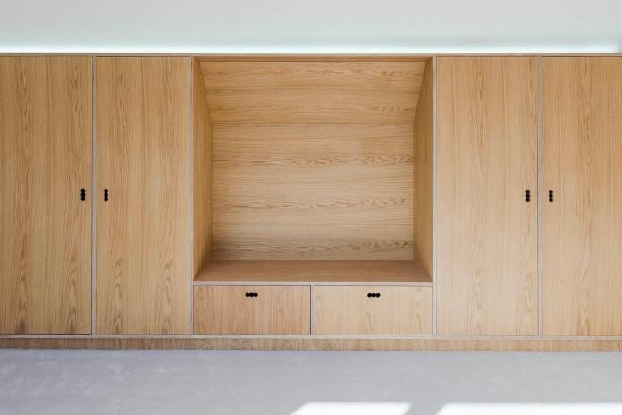 Finchley-Loft-near-London-by-Satish-Jassal-Architects-08