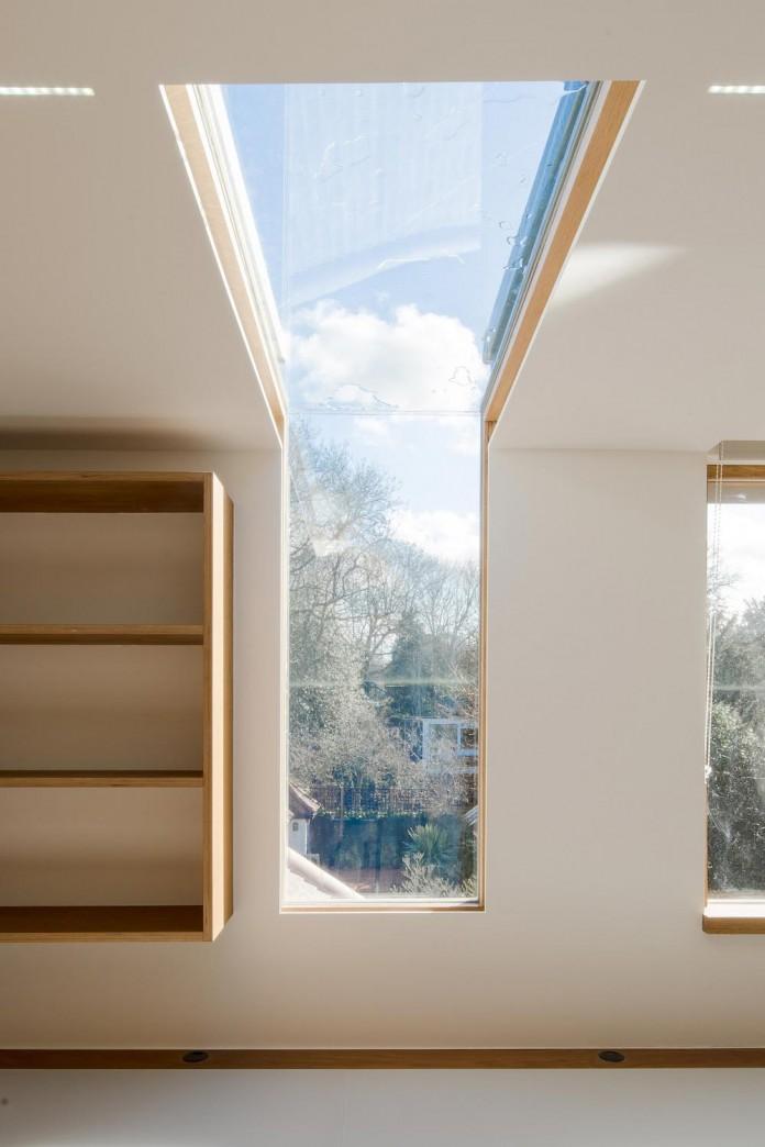 Finchley-Loft-near-London-by-Satish-Jassal-Architects-09