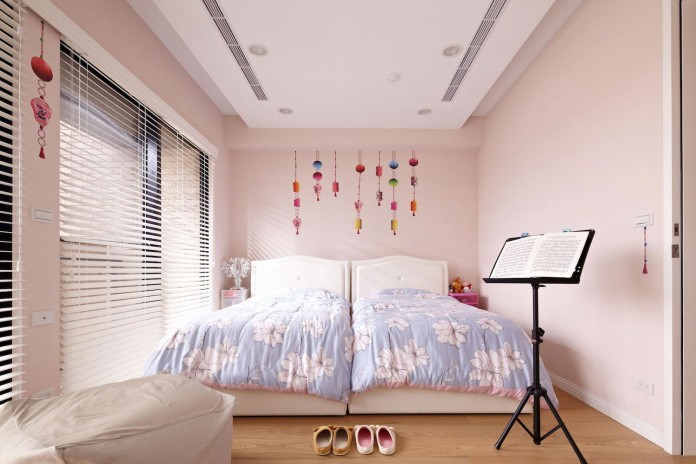 Lover-of-White-Apartment-in-Taipei-City-by-Studio-Alfonso-Ideas-12