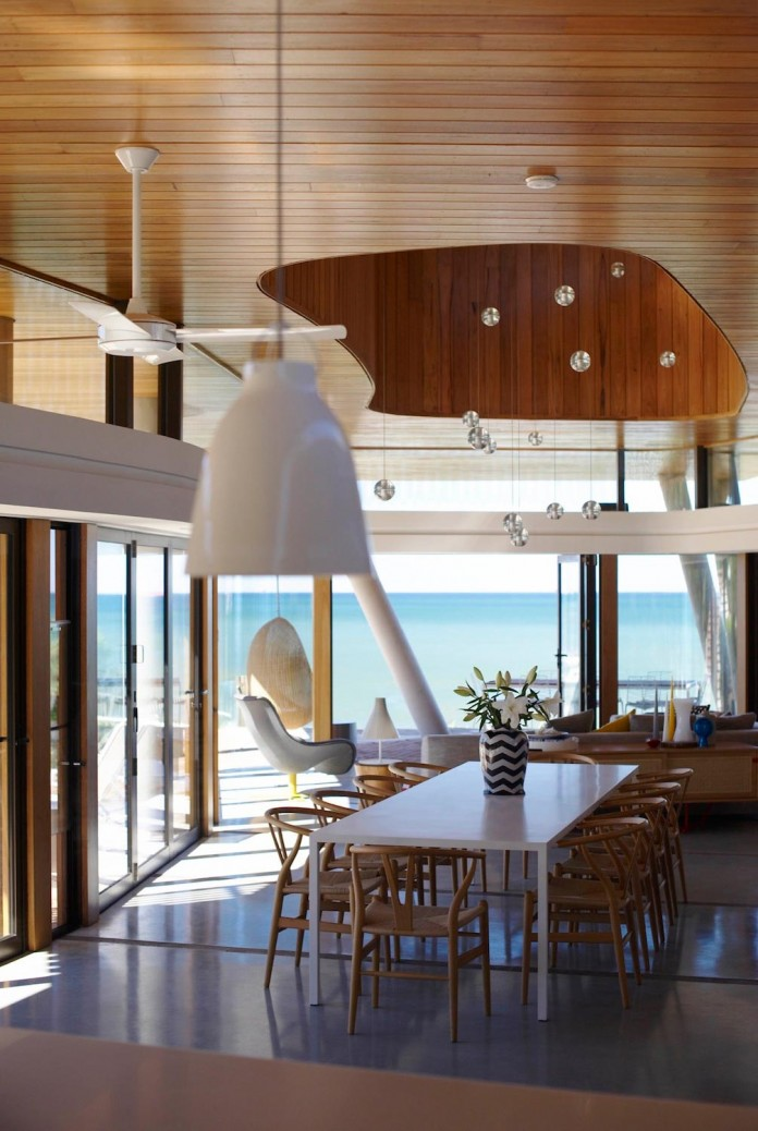 Low-ecological-impact-of-Austinmer-Family-Beach-Home-by-Alexander-Symes-Architect-10