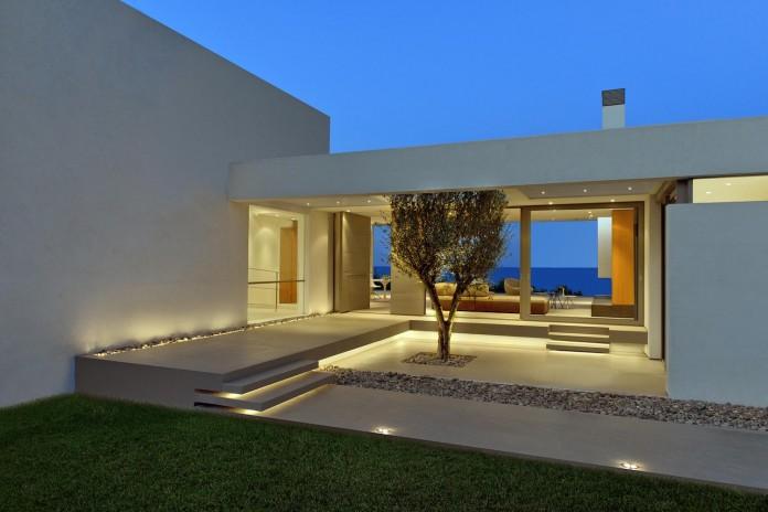 Mediterranean-Modern-House-in-Zakynthos-by-Katerina-Valsamaki-Architects-03