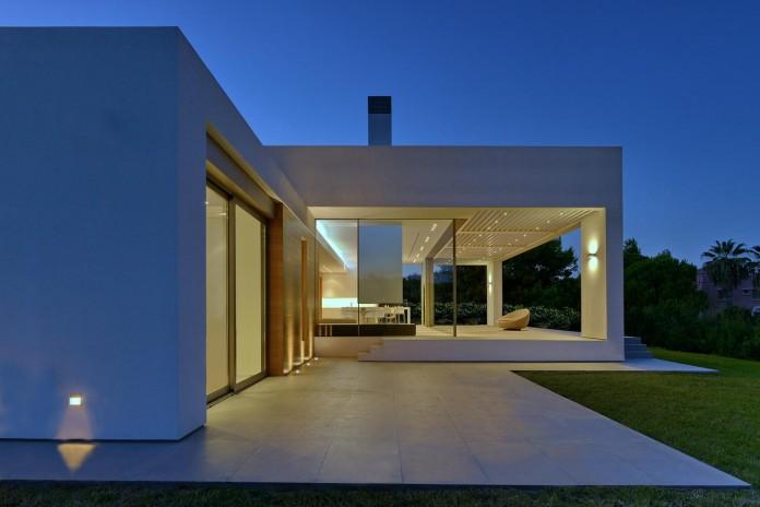 Mediterranean-Modern-House-in-Zakynthos-by-Katerina-Valsamaki-Architects-04