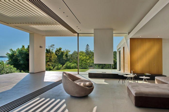 Mediterranean-Modern-House-in-Zakynthos-by-Katerina-Valsamaki-Architects-08