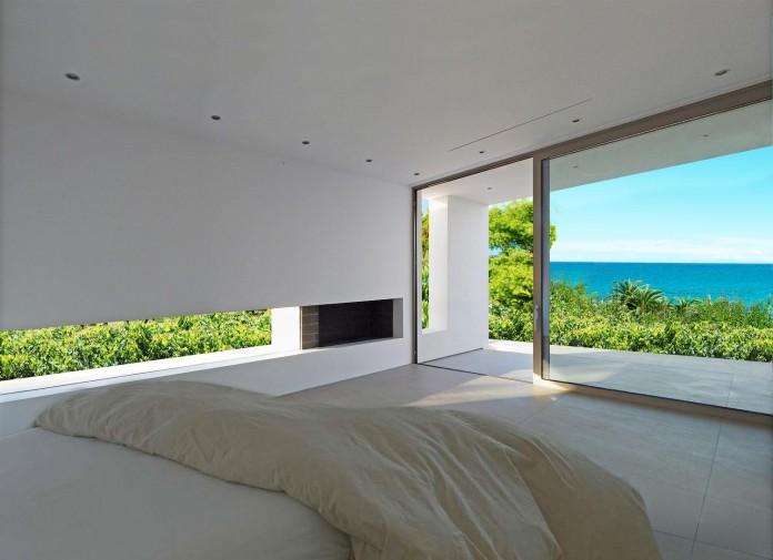 Mediterranean-Modern-House-in-Zakynthos-by-Katerina-Valsamaki-Architects-14