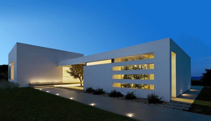 Mediterranean-Modern-House-in-Zakynthos-by-Katerina-Valsamaki-Architects-18