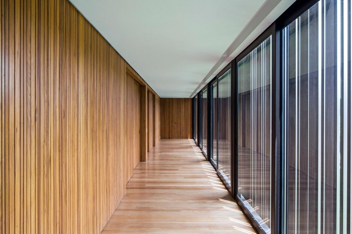 Modern-CA-House-by-Jacobsen-Arquitetura-04