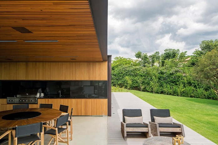 Modern-CA-House-by-Jacobsen-Arquitetura-06