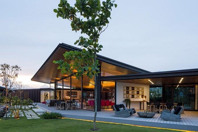 Modern-CA-House-by-Jacobsen-Arquitetura-09