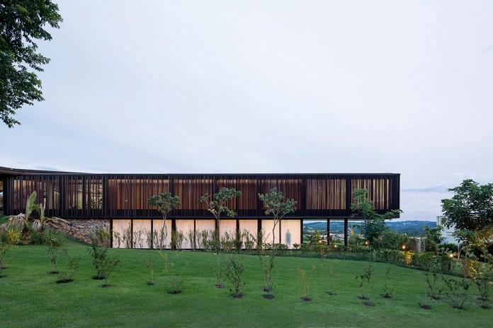 Modern-CA-House-by-Jacobsen-Arquitetura-10