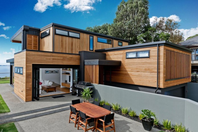 Modern-Sea-View-Rothesay-Bay-Home-by-Creative-Arch-03