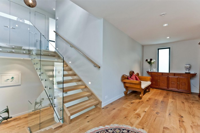 Modern-Sea-View-Rothesay-Bay-Home-by-Creative-Arch-09