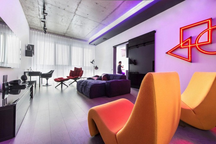 Neon-Grunwald-Apartment-in-Moscow-by-Geometrix-Design-08