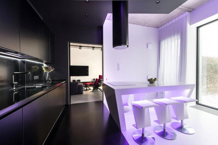 Neon-Grunwald-Apartment-in-Moscow-by-Geometrix-Design-17