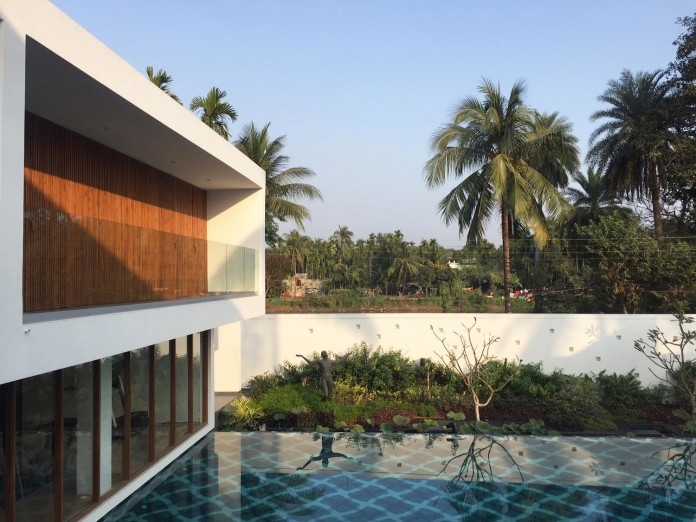 Pool-House-Set-amidst-lush-greens-of-rural-Bengal-by-Abin-Design-Studio-04