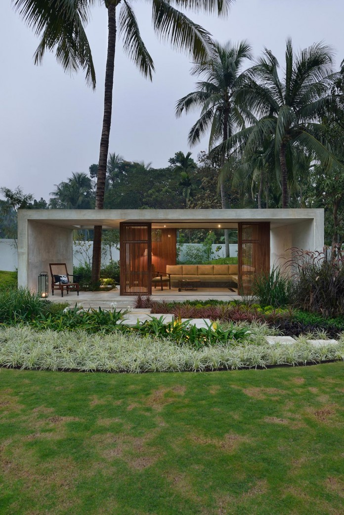 Pool-House-Set-amidst-lush-greens-of-rural-Bengal-by-Abin-Design-Studio-13