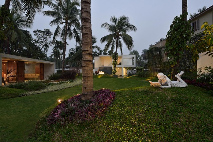 Pool-House-Set-amidst-lush-greens-of-rural-Bengal-by-Abin-Design-Studio-14