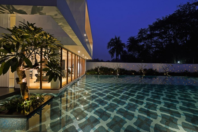 Pool-House-Set-amidst-lush-greens-of-rural-Bengal-by-Abin-Design-Studio-18