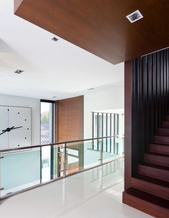 Sammakorn-House-in-Bangkok-by-Archimontage-Design-Fields-Sophisticated-08
