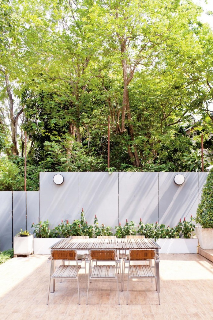 Sammakorn-House-in-Bangkok-by-Archimontage-Design-Fields-Sophisticated-09