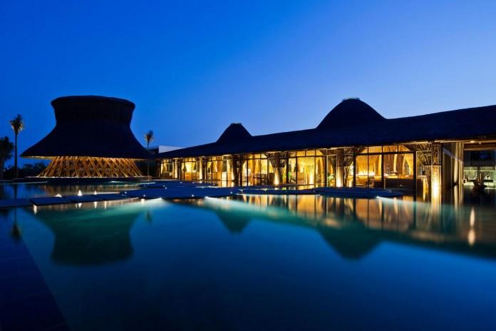 Stunning-Naman-Retreat-Resort-by-Vo-Trong-Nghia-Architects-21