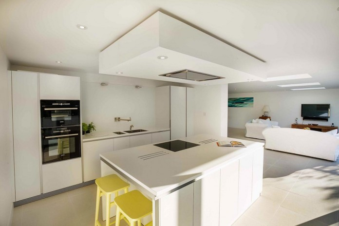 The-Beckett-House-by-Adam-Knibb-Architects-06