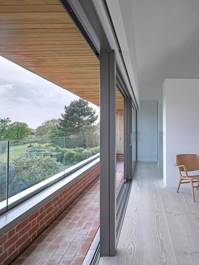 broad-street-house-suffolk-nash-baker-architects-12