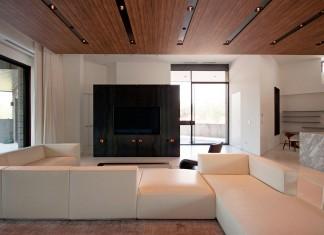 Chen+Suchart Studio redesigned the 3256 Renovation in Paradise Valley, Arizona