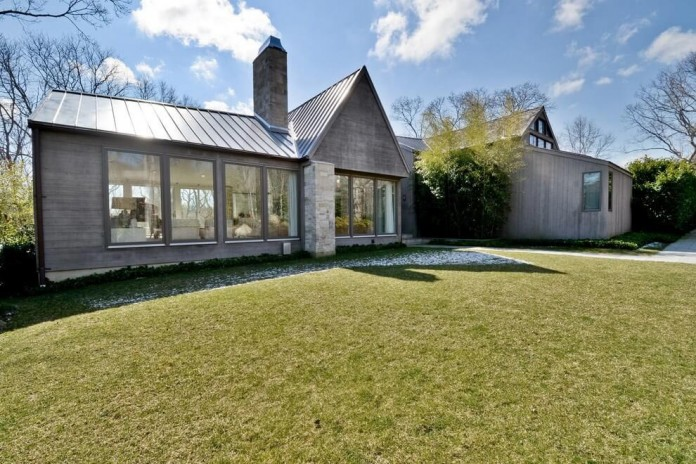contemporary-redesign-traditional-peters-path-house-east-hampton-bruce-d-nagel-01