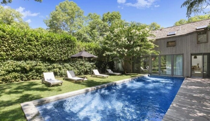 contemporary-redesign-traditional-peters-path-house-east-hampton-bruce-d-nagel-02