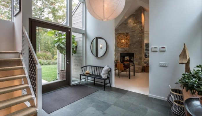 contemporary-redesign-traditional-peters-path-house-east-hampton-bruce-d-nagel-03
